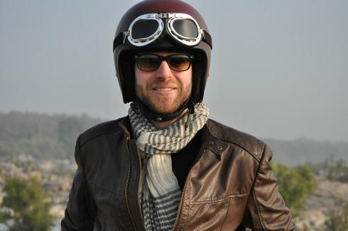 Alex Zurcher a créé Vintage Rides, une agence de voyages insolites à moto
