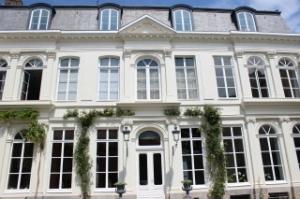 Dans le Vieux-Lille, ce magnifique hôtel particulier du XVIIIème siècle rouvrira ses portes en avril 2015...